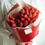 青岛郝家草莓采摘园,教你制作一束草莓花